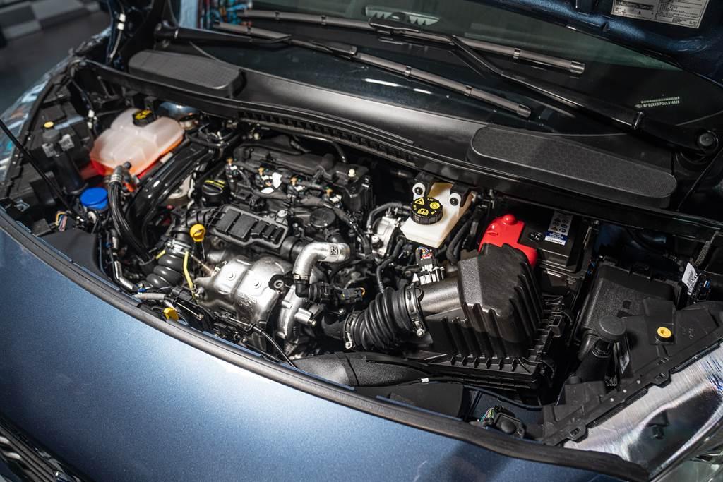 搭載EcoBlue 1.5升柴油引擎,提供120ps/27.5kgm最大輸出,搭配八速手自排創造出18.8km/L平均油耗。