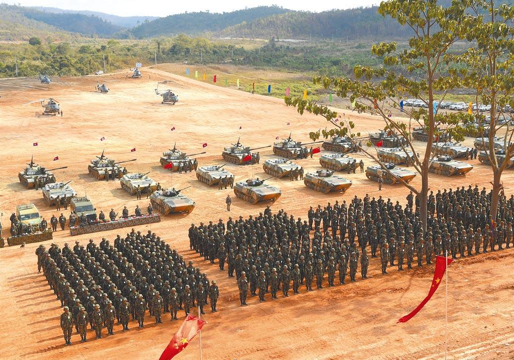 中共立下2027年解放军建军百年目标,希望军队先达成硬体等装备现代化。(中新社)