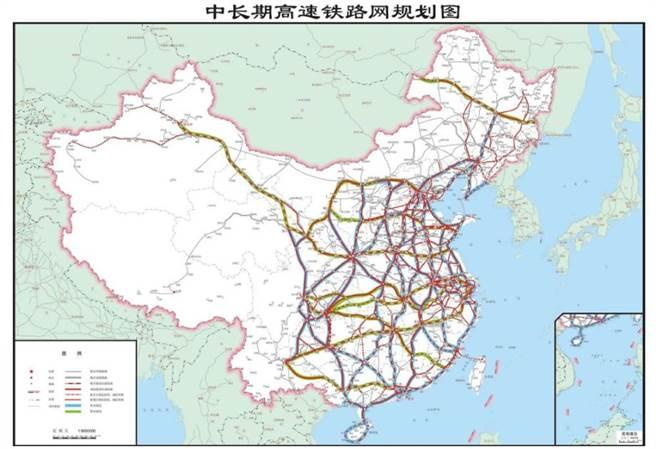 大陸高速鐵路規劃圖呈網狀結構與以北京為中心的放射性布局。圖為2016年《中長期鐵路網規劃》的高鐵網絡。(圖/大陸交通部)