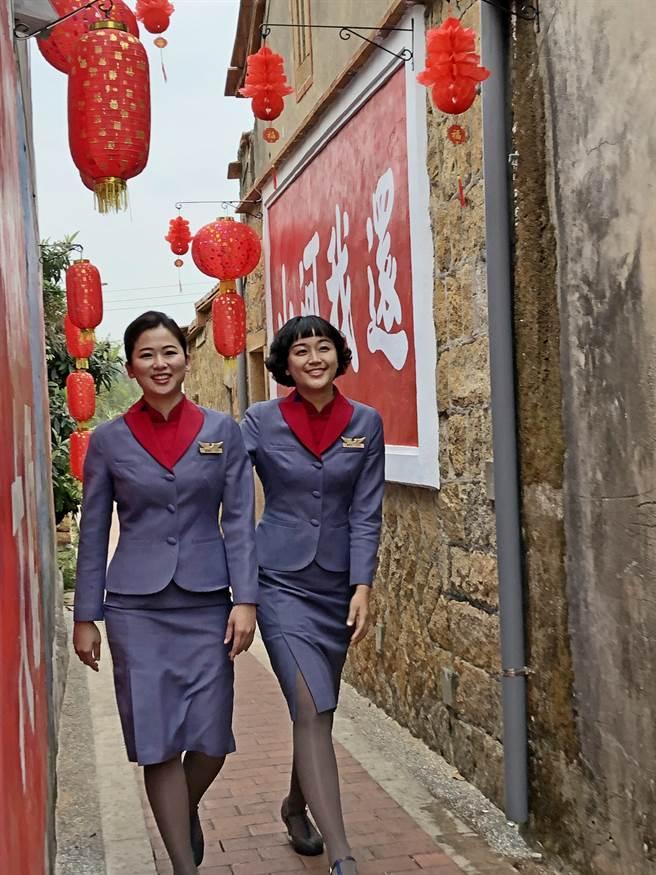 战地风情是「百位空姐空少游金门」的寻访重点之一。(李金生摄)