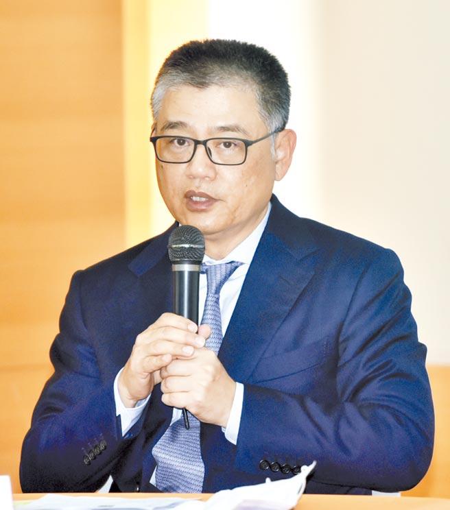 神基董事长黄明汉表示,今年的强固型电脑ASP,在产品组合调整下,可望较去年略有成长。图/顏谦隆