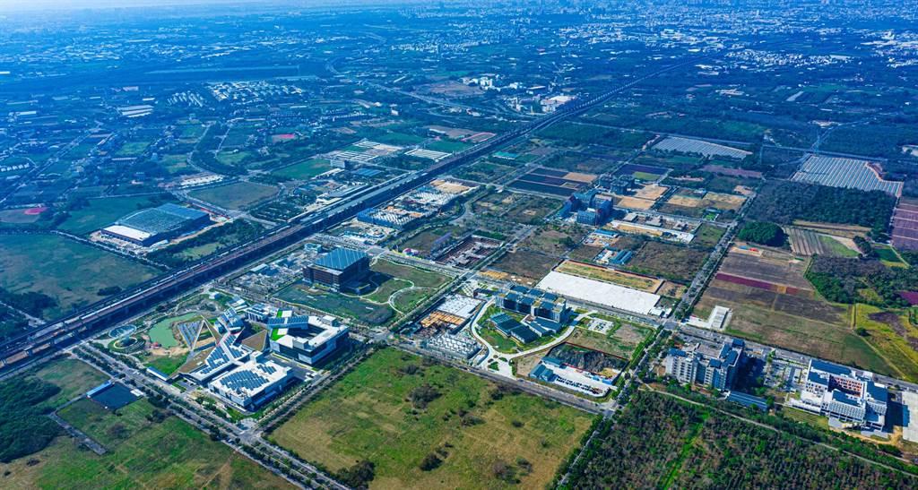 台南高鐵特區為台南最後一塊淨土,看準公共建設、商場陸續完工,建商爭相卡位搶地。(業者提供)