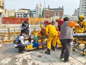 10噸鋼筋骨牌崩塌 活埋5工人