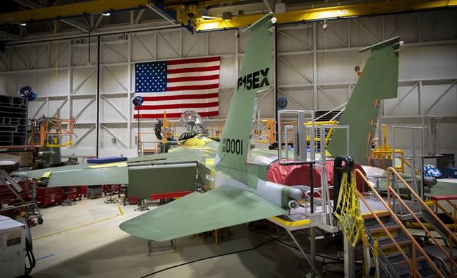 產於聖路易斯的F-15EX將預裝EPAWSS,並直到2025年春天才會達初期作戰能力(IOC)。(圖/DVIDS)
