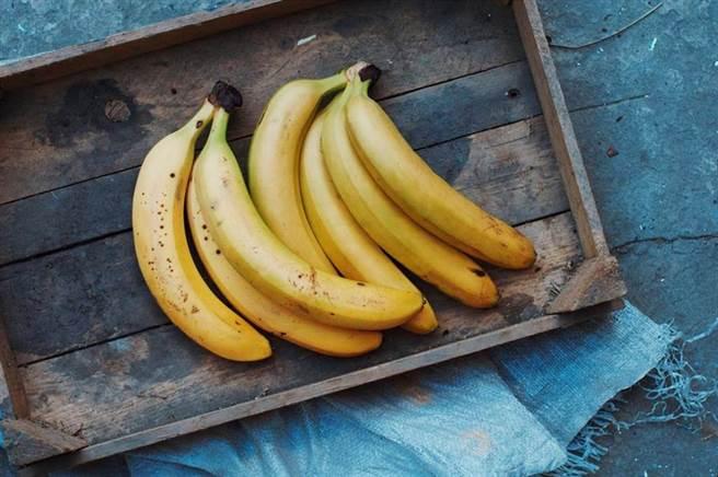 肾不好不能吃香蕉?医师点名伤肾地雷。(示意图/Shutterstock)