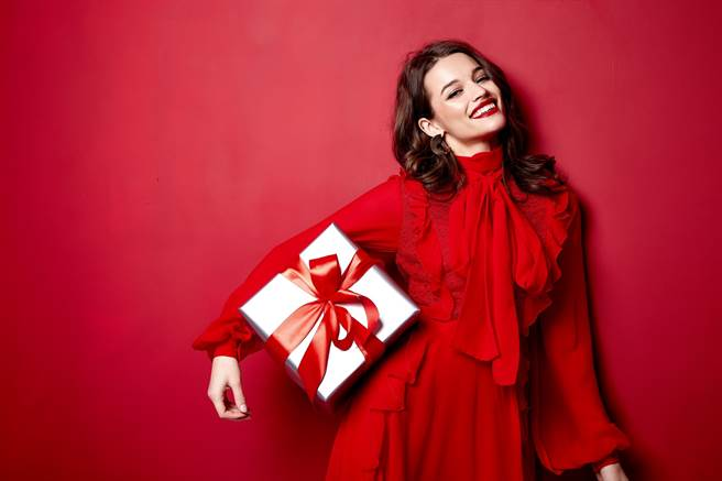 她經濟崛起,品牌、通路婦女節活動一波接一波。(達志影像/Shutterstock提供)