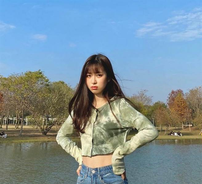 21歲女歌手莊凌芸今(5)日驚傳墜樓身亡。(圖/ 摘自莊凌芸IG)