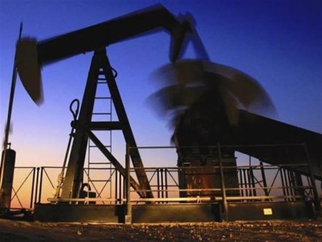 西德州原油创近2年新高。(图/美联社)