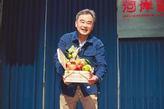 陳昇證實罹癌初期 哽咽致歉35年妻
