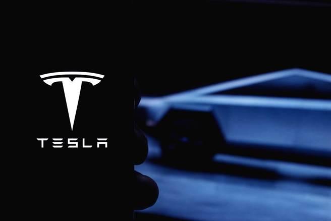 特斯拉在美國電動車龍頭地位受到傳統車廠福特的挑戰。(示意圖/達志影像/shutterstock)