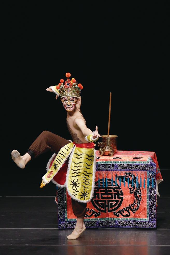 民俗舞鄭一㠙同學榮獲特優第一名暨「最佳舞技獎」。    圖/北安國中提供