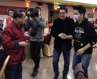 費鴻泰邀蔣萬安參加團拜 一首歌洩蔣參選市長心跡