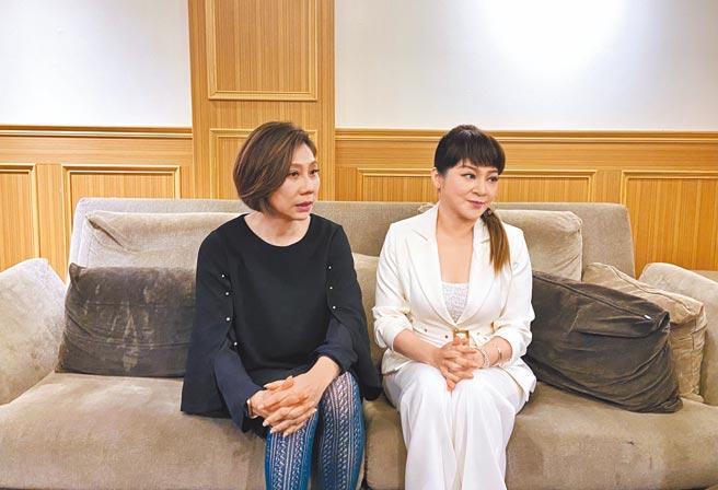 郎祖筠(左)和王彩樺談婚姻經營之道。(東森提供)