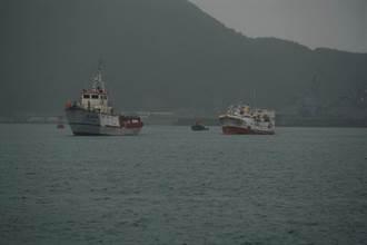 3200浬惡浪拖救 「永裕興18號」返抵蘇澳檢警登船解謎