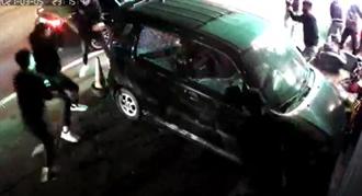 又吃「慶記」 桃園惡煞開30槍砸店砸車 黑幫尋仇影片直擊