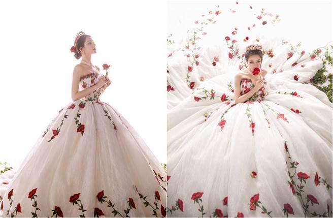 迪丽热巴日前身穿一袭玫瑰刺绣蓬裙礼服亮相,她整个人美如公主。(图/取材自嘉行迪丽热巴工作室微博)