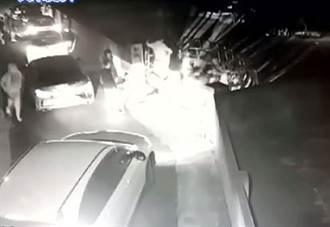 雲林虎尾聚眾尋仇砸毀轎車與鐵門  檢警逮數人擴大偵辦