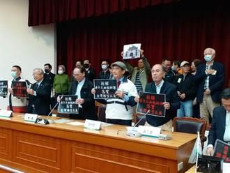 蔡明憲要求改228受難者戶籍謄本 嗆蔡總統拆銅像「是妳說了算」