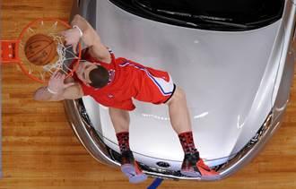 NBA》這一灌只給8分?葛瑞芬批評灌籃大賽評審