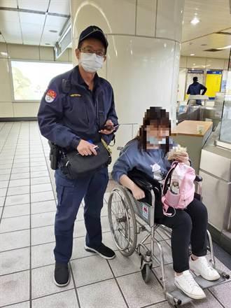 女學生血糖偏低蹲坐角落 北捷警自掏腰包買牛奶