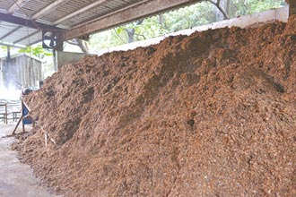 把厨余变堆肥 土城清洁队进帐13万
