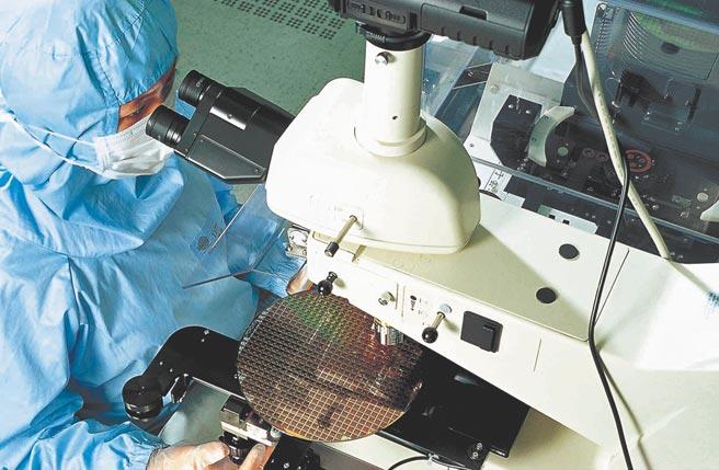 台積電8吋晶圓廠房內部生產過程。(台積電提供)