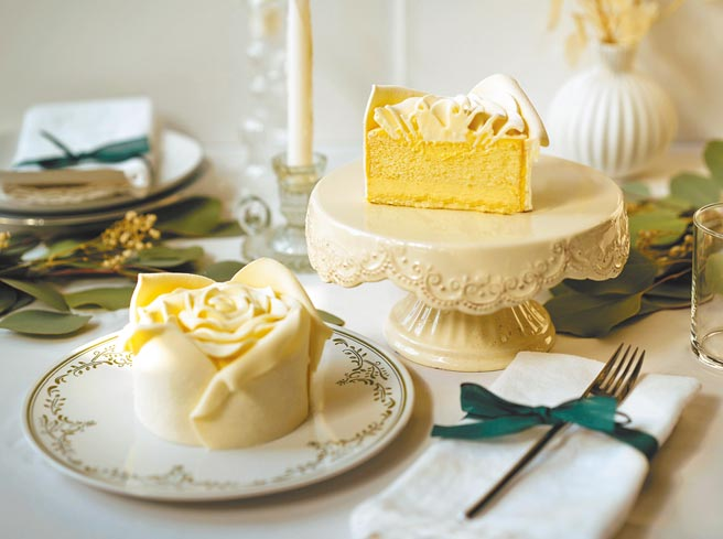 BAC「白色戀人」手工玫瑰花蛋糕,3.5吋799元。(BAC提供)