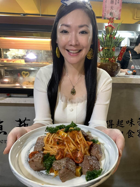 王俐人推薦美味料理。(王俐人提供)