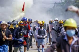 緬甸軍政府血腥鎮壓示威 逃亡警察曝內幕:被要求射到他們死