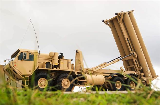 戴維森表示,關島現有的THAAD是為了因應北韓飛彈威脅,卻不能因應中國大陸的飛彈攻擊。因此,他呼籲設立陸基神盾系統。圖為關島THAAD。(圖/DVIDS)