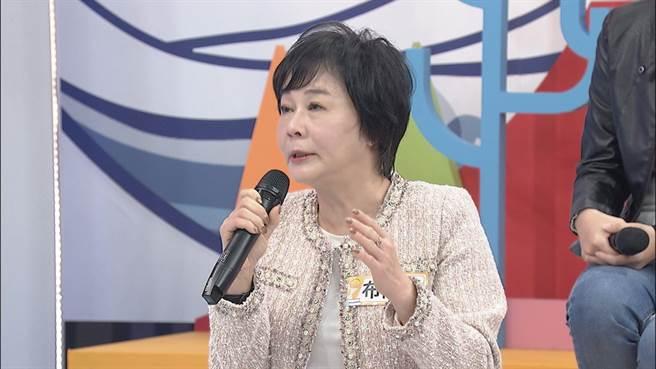 王思佳媽媽布蘭妮解釋自己嚴格管教原因。(中天綜合台提供)