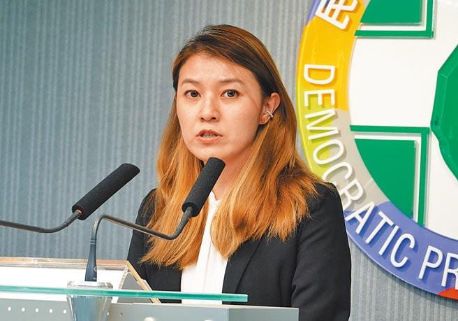 与王定宇传出同居婚外情的民进党发言人顏若芳。(本报资料照片)