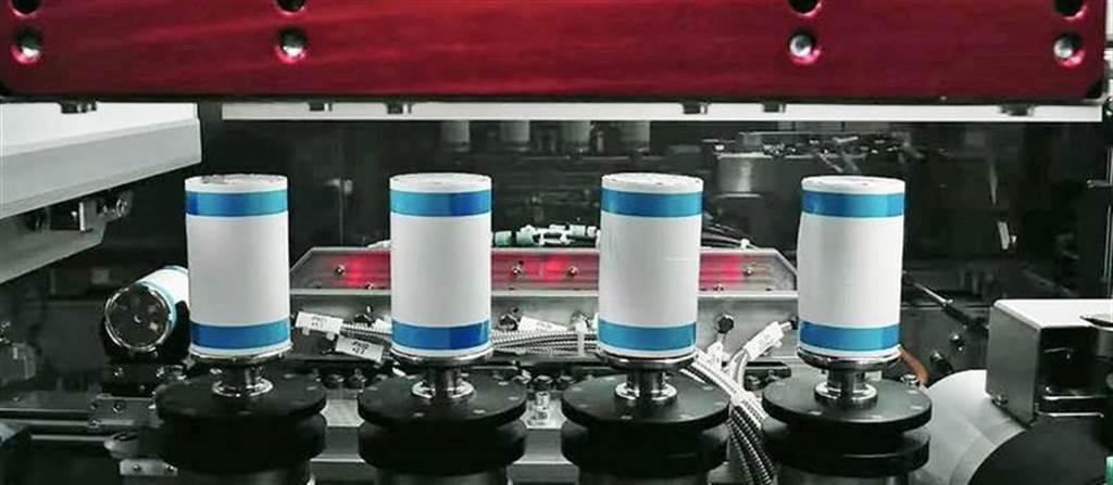 搶特斯拉大餅:LG 有意在歐洲、美國打造 4680 電池工廠