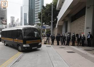 港47泛民涉顛覆國家政權案 黃碧雲獲准保釋、伍健偉待訊