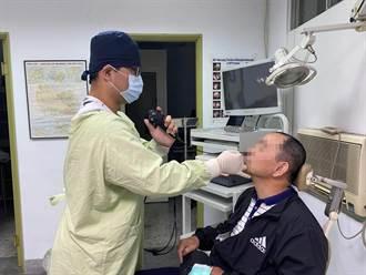 男子鼻塞流膿數月 醫生取出4公分活水蛭