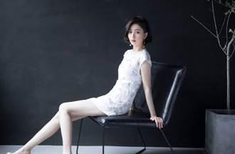 新疆女神身材原来这么好 佟丽娅贴身洋装解放长腿超养眼