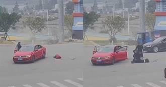 小女孩未繫安全帶「噴飛重摔」 媽下車查看秒嚇暈
