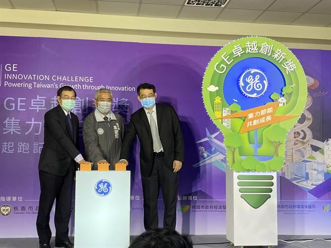 台灣電力公司總經理鍾炳利11日不諱言三接延宕當然會影響到大潭發電,增氣才能減煤,沒氣就難減煤,仍希望三接順利進行。(蔡依珍攝)