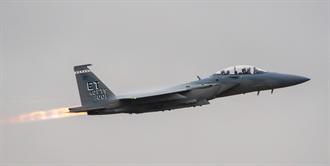 美空軍接收首架F-15EX 要當高超音速飛彈卡車