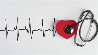 一分鐘心跳多少才正常?心跳太快、太慢的7大警訊