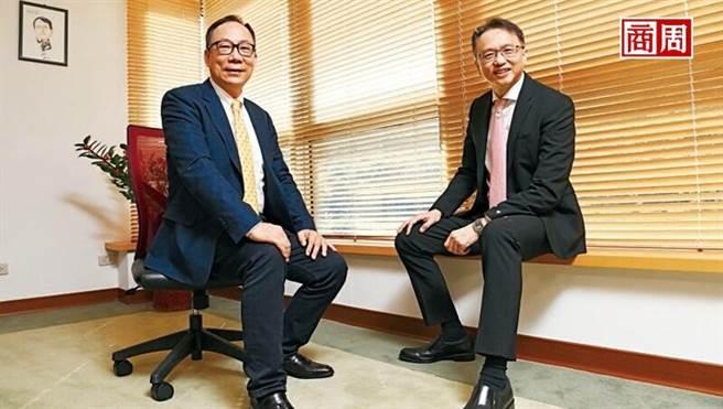 宏碁董事長陳俊聖(右),每季都會跟林佳璋主持一次溝通會。(圖/程思迪提供)