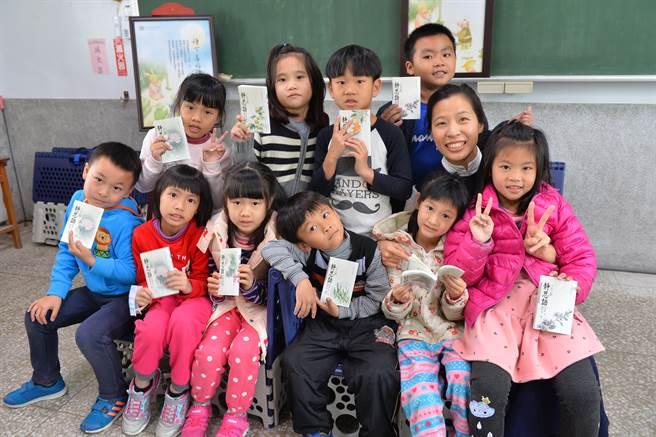 公館國小是綠島第一間、也是全臺灣第二十二間成立的靜思閱讀書軒。(圖/讀書共和國提供)
