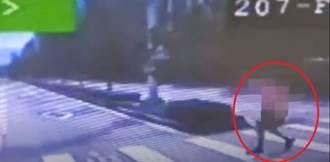 婦人急衝攔公車遭擦撞後落跑 司機急煞2乘客受傷