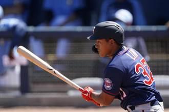 MLB》林子偉敲安打 熱身賽打擊率4成44