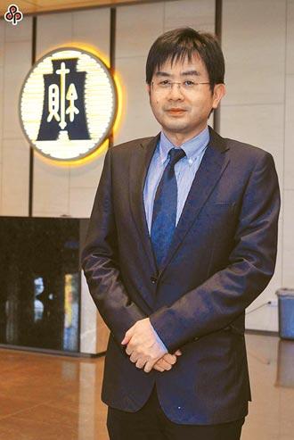財政資訊中心主任 張文熙用科技掌握地下經濟