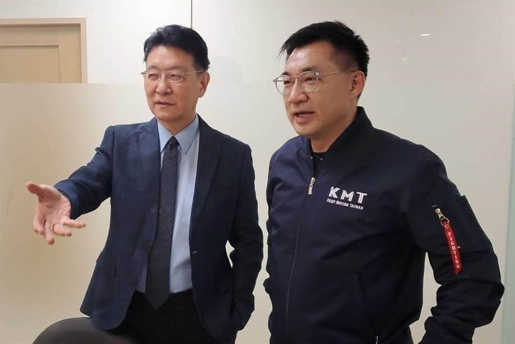 中廣董事長趙少康(左)、國民黨黨主席江啟臣(右)。(圖/本報資料照)