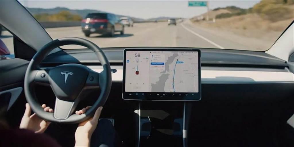 美國公路安全保險協會:使用 Level 2 半自動駕駛有助提升車主對路況的專注力