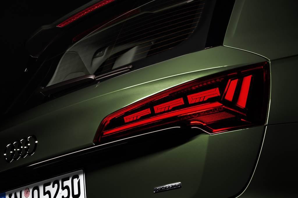 Edition One車型提供最新OLED燈光升級套件。