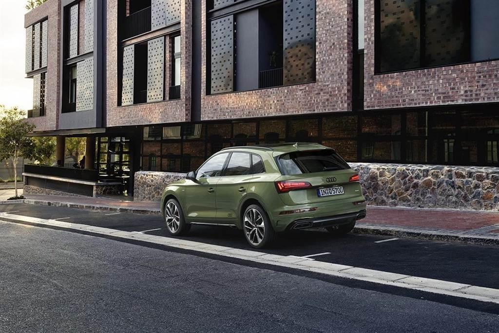 Audi Q5全車系標配公路行車輔助套件及都會行車輔助套件,主動安全輔助系統一次到位。