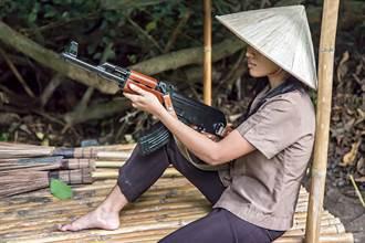 美軍聞風喪膽!北越傳奇女狙擊手 竟因如廁姿勢慘遭擊斃